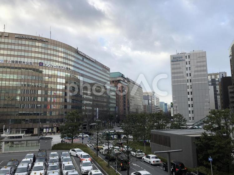 博多駅 大博通りを見るの写真
