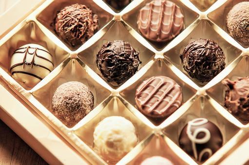 Boxed bonbon chocolate box 5