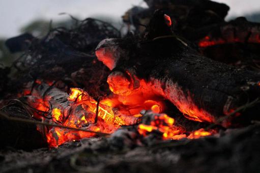 불타는 숯 소재 1