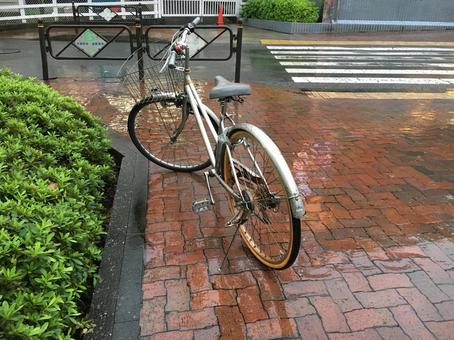 一辆自行车