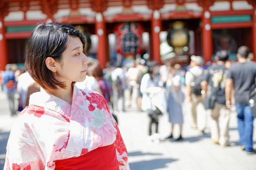 Temple Tour ~ Young Japanese Women ~