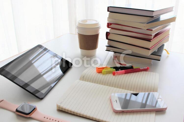 仕事&勉強シーンの写真