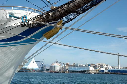 Bow of sailing ship