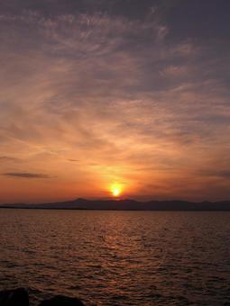 Sunset of Lake Biwa 003