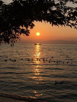 호수의 석양 (비와코)