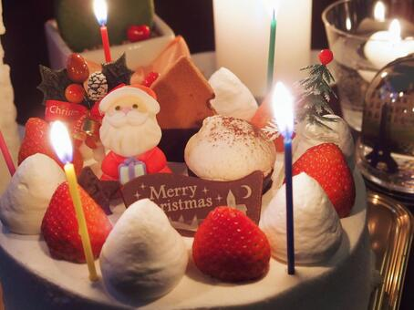 Christmas cake (with a candle)