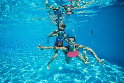 A family dive underwater shooting 14