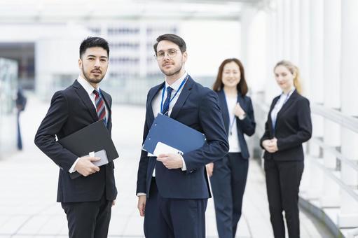 국제적인 비즈니스 팀