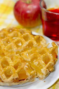 Apple pie, apple and apple tea