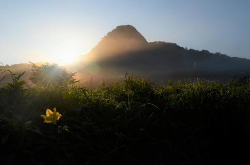 索馬山(群馬縣春奈山)夏天的早晨