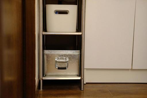 Storage supplies that fit snugly