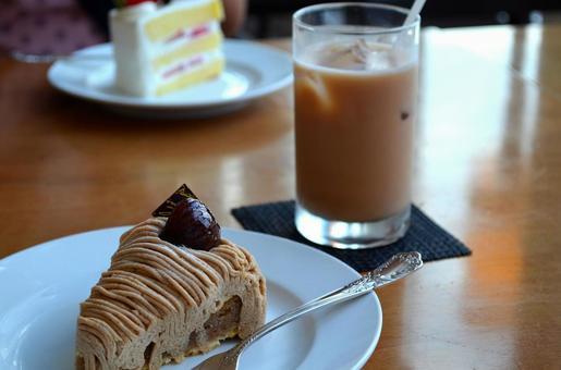 Cake and ice milk tea