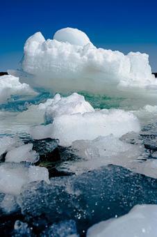 Drift ice (No. 15) Search word / Drift ice creator name / YUTO @ PHOTOGRAPHER