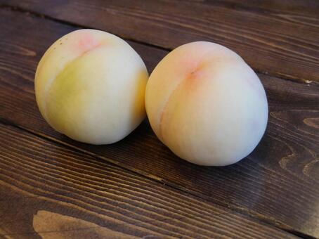Shimizu white peach from Okayama prefecture