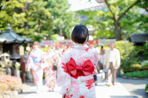 사찰 순례 ~ 젊은 일본인 여성 편 ~
