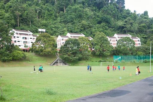 Overseas football landscape