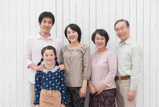 Good friend Three generations Family (Standing) 12