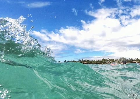 Relaxing in the ocean on the Big Island of Hawaii 15