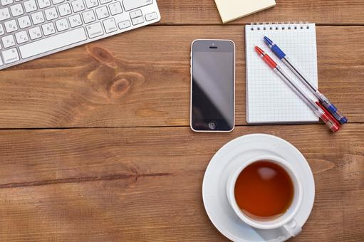 Keyboard and smartphone 1