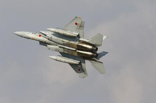 Air Self-Defense Force F-15 Eagle fighter (Chikujo-gun, Fukuoka) flying at the Air Festival