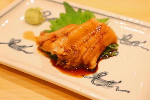 Boiled conger eel