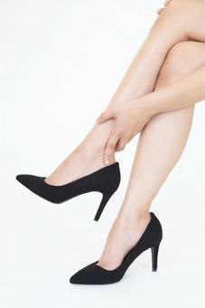 Female heel swelling