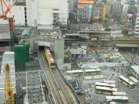 Marunouchi Subway Line on the 3rd Floor
