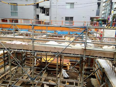 Base of building under construction 4