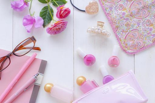 Spring color accessories