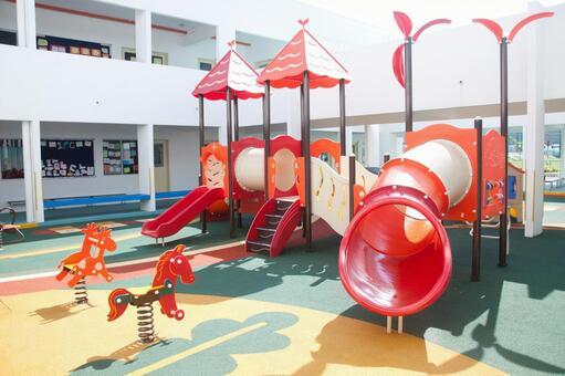海外游乐场设备