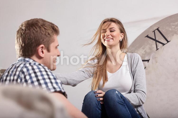 戯れるカップル16の写真