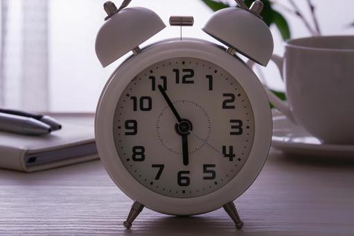 Alarm clock get up early