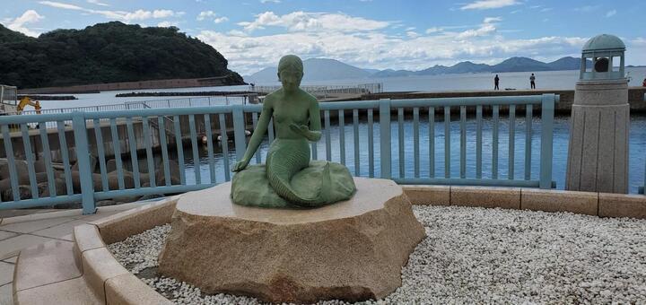 Wakasa mermaid statue