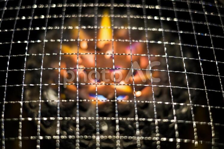 焼き網_網にピントの写真