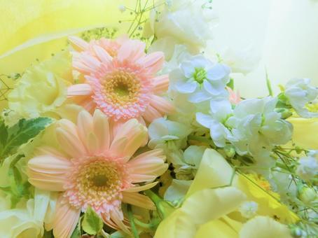 Gentle spring bouquet