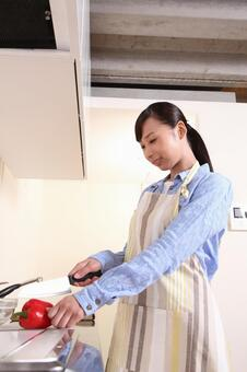 Female cooking 4