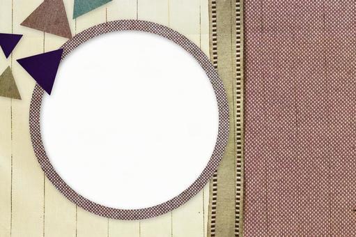 Cloth frame triangle 4