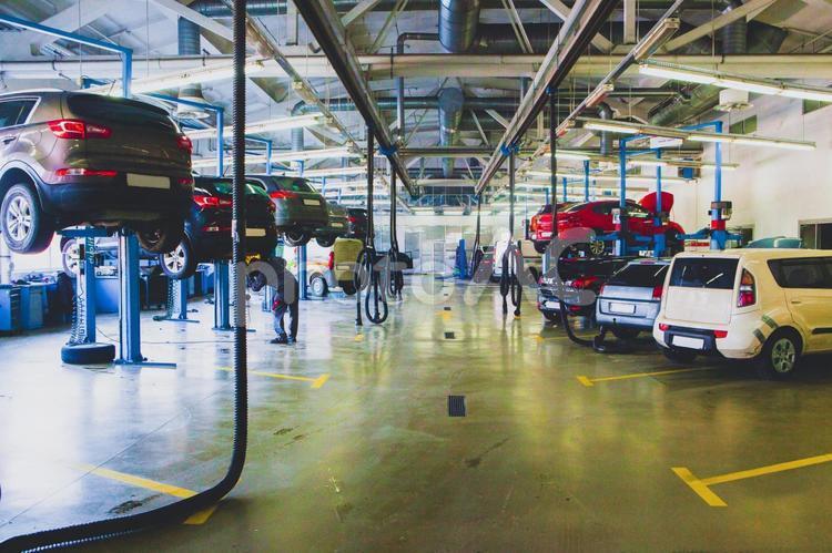 自動車整備工場6の写真