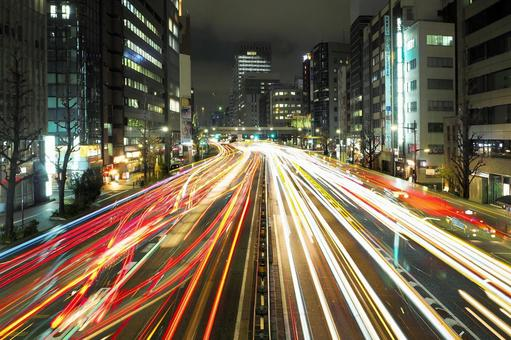 Light trace of office street car