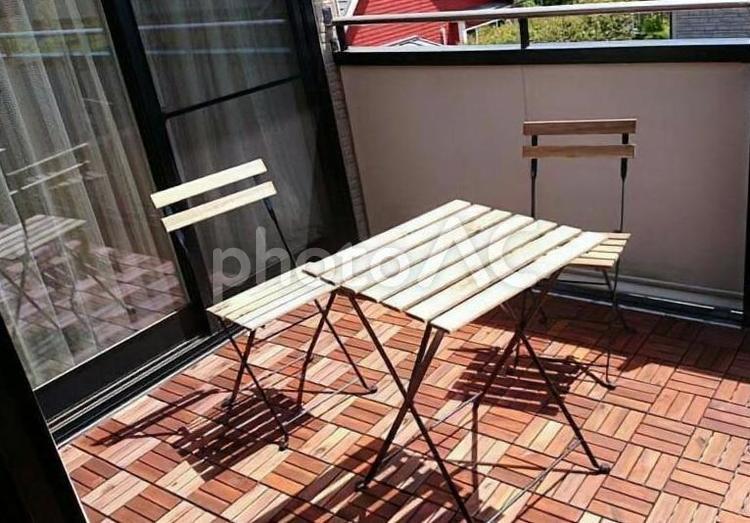 ベランダ テーブルの写真