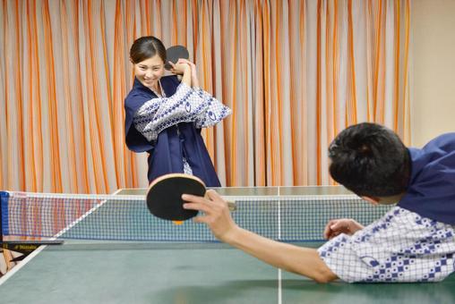 她的原乒乓球3打急剧服务