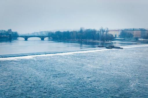 伏爾塔瓦河(布拉格)