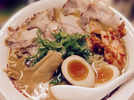 Ramen (soy sauce pork)