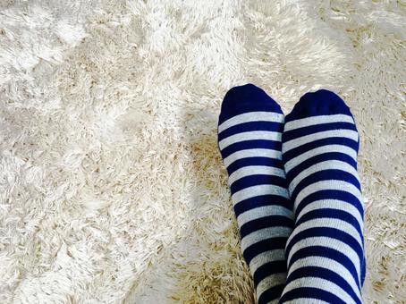 여름에도 힘든 냉증 여성의 다리
