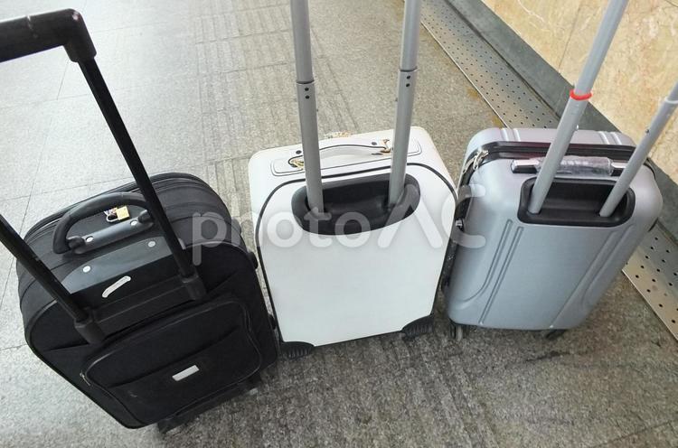 スーツケース/旅行イメージ01の写真