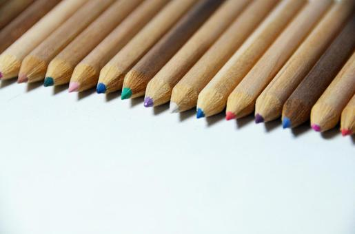 Colored pencils 2 arranged side by side