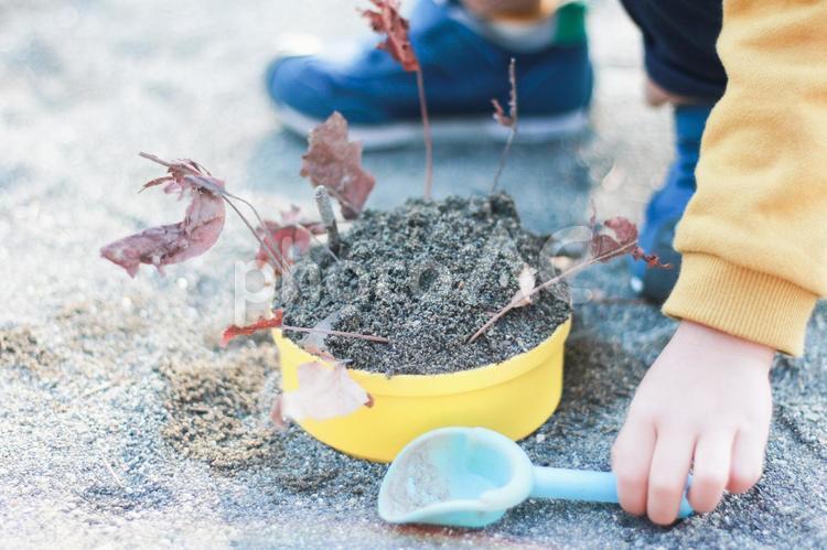 砂場遊びの写真