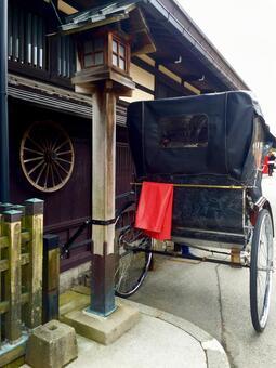 Rickshaw flying high mountains