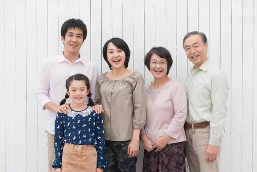 Good friend three generations family (standing) 10