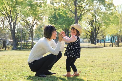 When to interact with children